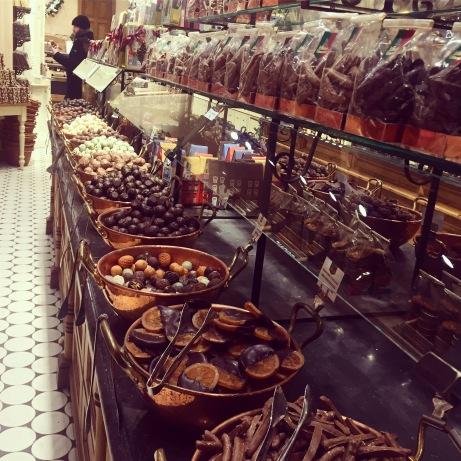 Bruges, chocolate shop